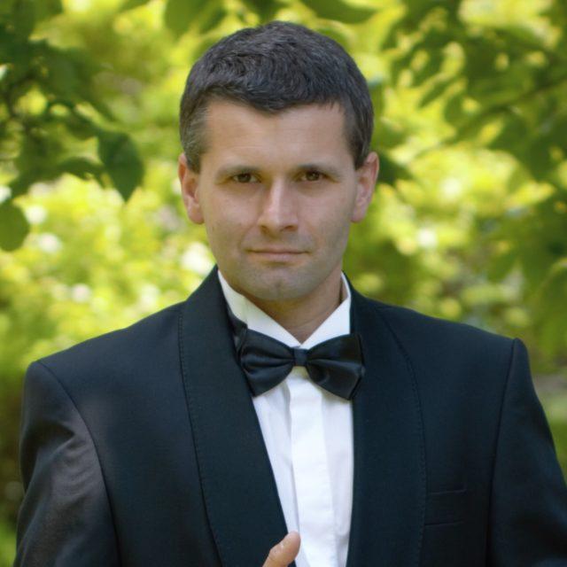 Jarosław Wewióra tenor